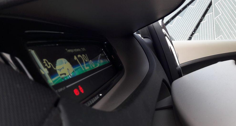 El tiempo de recarga de un coche eléctrico