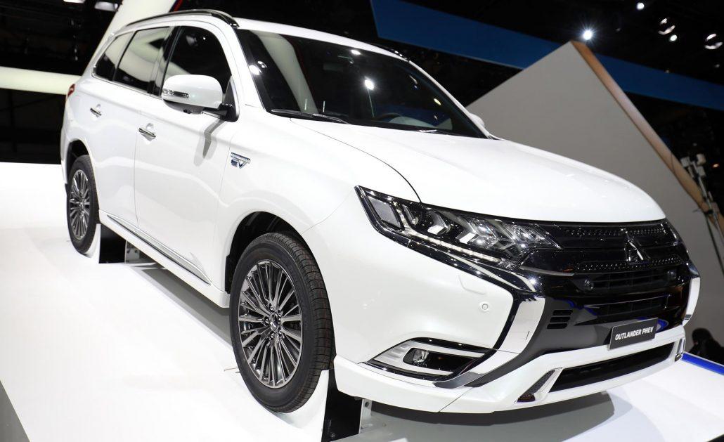 NEW Mitsubishi Phev 2019 2019 Mitsubishi Outlander PHEV Gets Powertrain Tweaks Updated Concept